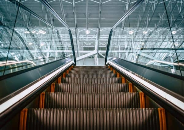 commercial escalator cleaning service